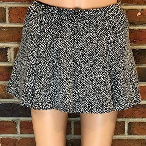 Silence + Noise B&W Mini Skirt Size Small